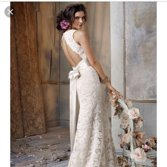 Jim Hjelm 8011 Wedding Dress
